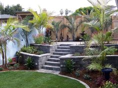 Building a garden wall - practical ideas for individual garden design
