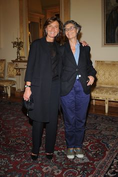 Anna Zegna and Renata Molho Photos Photos: MFW: Agnona Collezione Zero by Stefano Pilati Style And Grace, My Style, French Style, Fashion Over Fifty, Work Fashion, Fashion Design, Milan Fashion, Unisex Fashion, Womens Fashion