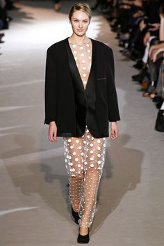 Stella McCartney Fall 2011 Ready-to-Wear Collection Photos - Vogue