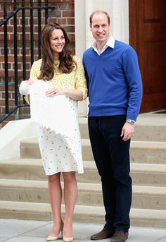 Pin for Later: Prinz William und Kate Middleton stellen die neue Prinzessin der Welt vor