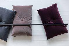 Velvet cushions designed by Bent Hansen Studio  #cushions #puder #pyntepude #velour #velvet #lilla #rosa