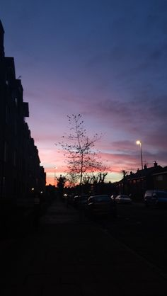 Lilac Sky, Purple Sunset, Sky Full Of Stars, Star Sky, Sunset Tumblr, Waterloo Sunset, Turkey Destinations, Pretty Sky, Night Aesthetic