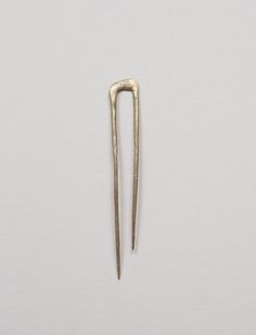 Bronze Hair Pin, everyday needs shop Jewelry Accessories, Fashion Accessories, Jewelry Design, Sacs Design, Design Design, Bronze Hair, Jeanne Lanvin, Hair Sticks, Hair Ornaments