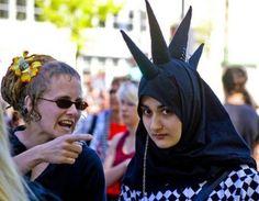 Gothic en hoofddoek? Het kan | Zaman Vandaag