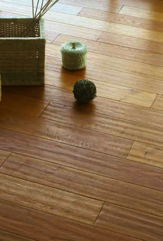 Natural Hand Scraped and Lacquered - Tuscan flooring