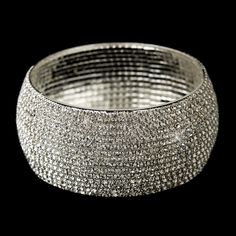 Wedding Jewelry Sold @ #RaebellaWeddings Inquire for details <3 #bracelet #weddingjewelry #bridaljewelry #jewelry
