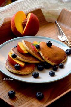 Najlepsze placki owsiane FIT - Just Be Fit Be Strong! Sweet Breakfast, Breakfast Recipes, Helathy Food, Good Food, Yummy Food, Diy Food, Food Porn, Food And Drink, Favorite Recipes