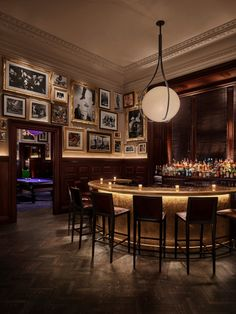 Equivalent to Guide Michelin restaurants: Gold Bar - http://www.wanderluxury.com/equivalent-guide-michelin-restaurants-gold-bar/
