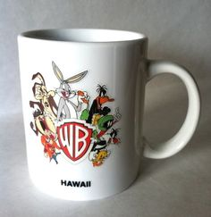 Hawaii 1996 Warner Brothers Tweety Bird Sylvester Cat Bugs Bunny Daffy  coffee mug