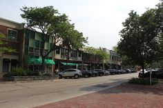 Glencoe, Illinois Uptown Glencoe Park Avenue July, 2014 Summer in Glencoe