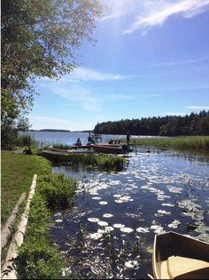 Upptäck båtlivet vid Mälaren - Södermanland. Hyr en stuga i vacker Svensk miljö. http://sverigestugor.eu