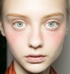 nude lips, nude face - beauty inspiration for GLOWLIKEAMOFO.com