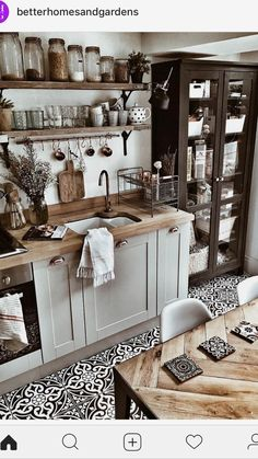 Browse through these 32 hygge home décor ideas and transform your home into a cozy Danish wonderland. Find your next DIY hygge project today. Kitchen Tiles, Kitchen Flooring, Diy Kitchen, Kitchen Decor, Kitchen White, Boho Kitchen, Kitchen Sink, Kitchen Seating, Minimal Kitchen