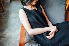 黑色麻質連身裙 LD05