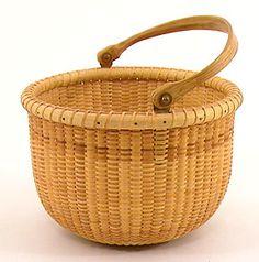 6 inch Nantucket Lightship Basket with slotted handle