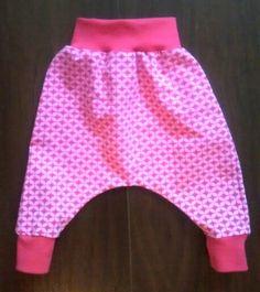 Für Baby Kia, MC Hammer Hose #handgenäht #pumphose #baby #handarbeit www.carabassa.de