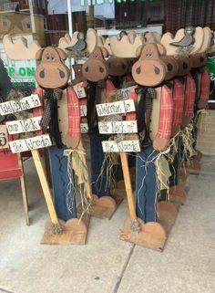 Tall rustic wood craft . Moose wood craft - Wood Crafting