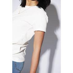 Mooie basic van Yunit Een zwarte jeans, ideaal om mee te combineren. #capsule #wardrobe #capsulewardrobe #nukuhiva #duurzaam #fairfashion #amsterdam #utrecht