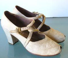 Vintage Matrix Peep Toe Linen Shoes by TheOldBagOnline on Etsy