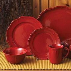 Amazon.com: Better Homes 16 Pc Fluted Red Dinnerware Set: Home & Kitchen