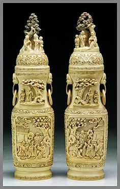 El Secreto Encanto De La Diva: A pair of antique chinese ivory vases. Imposible to describe them!