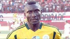 Muere en Argelia un jugador  por una pedrada - http://notimundo.com.mx/deportes/muere-en-argelia-un-jugador-por-una-pedrada/12877