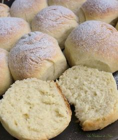 Bollitos de mantequilla Thermomix Donuts, Thermomix Bread, Brunch, Cooking Cake, Pan Dulce, Pan Bread, Our Daily Bread, Bread And Pastries, I Foods