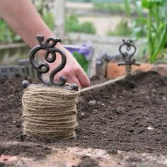 Antiqued Garden Line — The Worm that Turned #allotment #gardengifts