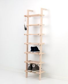 Large Lean On Shoe Rack Made Of Ash