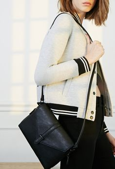 Envelope Faux Leather Crossbody | Forever 21 - 1000096688