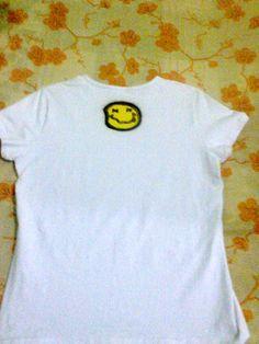 costa da camisa feminina do nirvana.