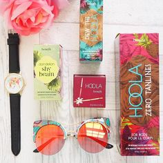 """benefitcosmeticsuk: Hip hip hoola it's #benegram time! This weekend we challenge you to upload any snaps that best represent the theme """"holiday essentials!"""" Simply upload your snaps with #benegram for your chance to get your hands on an exciting new product! If we select you as our winner in Monday you'll #win a dew the hoola! #hooladay T&Cs and info in bio xx"""