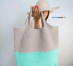 Cute Crochet Carry-All by Yarnspirations http://www.bhookedcrochet.com/2018/06/22/cute-crochet-carry-all-by-yarnspirations/?utm_campaign=coschedule&utm_source=pinterest&utm_medium=B.hooked%20Crochet&utm_content=Cute%20Crochet%20Carry-All%20by%20Yarnspirations