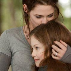 Bella and Renesmee @twilightpaige