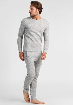 8f9ebfbbd3 pyjamas for him - great christmas gift. these are modern