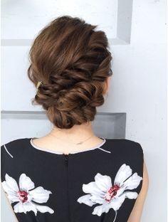 WEDDINGHAIR ウェディング ヘアスタイル 【Blanc】アップ_スタイル_6601 ウェディングヘアアレンジ #シニヨン #wedding #hairstyles #updo #bridalhair #hairdo Wedding Hair And Makeup, Bridal Hair, Hair Makeup, Party Hairstyles, Bride Hairstyles, Cool Haircuts For Girls, Sams Hair, I Like Your Hair, Hair Up Styles