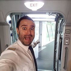 From @cloudsurfingaroundtheworld The #fear before #boarding!  #lufthansa #lh #airbus #A380 #instatravel #instadaily #travel #travelblog #instagood #bestoftheday #instapic #instamood #instagram #travelgram #instalike #beauty #view #wanderlust #crewlife #instaaviation #instaplane #usa #crewiser #houston #frankfurt #FRA #crewfie #goodmorning crewiser