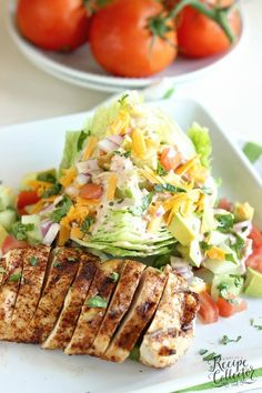 Low Carb Recipes This Chicken Fajita Wedge Salad is a perfect way to enjoy fajitas in a light, healthy, and low-carb way! - This Chicken Fajita Wedge Salad is a perfect way to enjoy in a light, healthy, and low-carb way! Healthy Drinks, Healthy Dinner Recipes, Healthy Snacks, Healthy Eating, Healthy Foods For Diabetics, Cooking For Diabetics, Chicken Recipes For Diabetics, Drinks For Diabetics, Heart Healthy Dinner