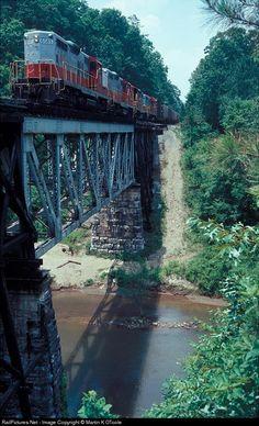 RailPictures.Net Photo: GNRR 6585 Georgia Northeastern EMD GP9 at Toonigh, Georgia by Martin K OToole