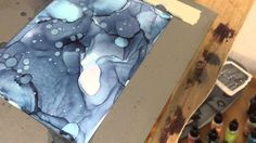 Working with alcohol inks on yupo, using a very limited color palette.