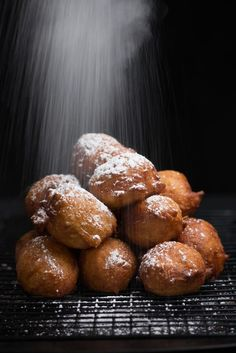 Namibian Fat Cakes Recipe Fat Cakes Recipe, Cake Recipes, Dessert Recipes, Desserts, Meat Cake, Healthy Family Meals, World Recipes, Street Food, Food Inspiration