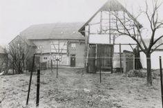 Horicherhof Op de Heerlerbaan, 1964 In de kelder van deze boerderij ligt de bron van de Caumerbeek