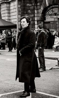 #Sherlock behind the scenes(I think?) #BenedictCumberbatch  Benedict Cumberbatch(Sherlock) <3