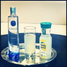 iamdiddy~~ On a beautiful day like this, only thing missing is a great drink. Try A Diddy. 1.5oz Ciroc Vodka, 1.5oz Lemonade. ENJOY YOUR DAY