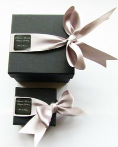 Beautiful and simple packaging by Deborah Murdoch. Easy to do something similar with Avery 22806 square labels.