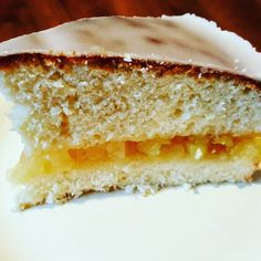 Jabłecznik na biszkopcie  Kusimy od rana słodkościami ale to prosty i szybki przepis  #jablka #jabłka #apples #applepie #pie #cake #ciasto #jabłecznik #shortcake #przepis #recipe #deser #dessert #kakaludek #poznan #polska #poland #poznań