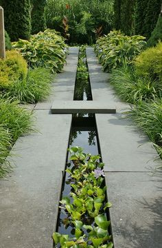 Water runnel formal garden feature
