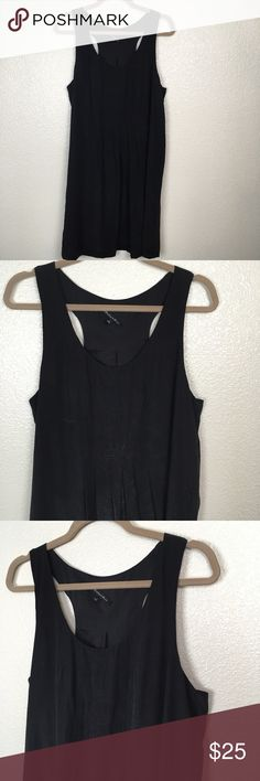 Broadway and Broome Sleeveless Silk Dress Size 12 Broadway and Broome sleeveless silk dress. Good condition two spot on the back by the arm hole (see photo) Chest is about 21 in across. Madewell Dresses