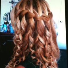 Love this hair style for a wedding