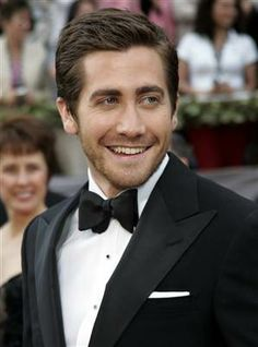 Jake Gyllenhaal con smoquin